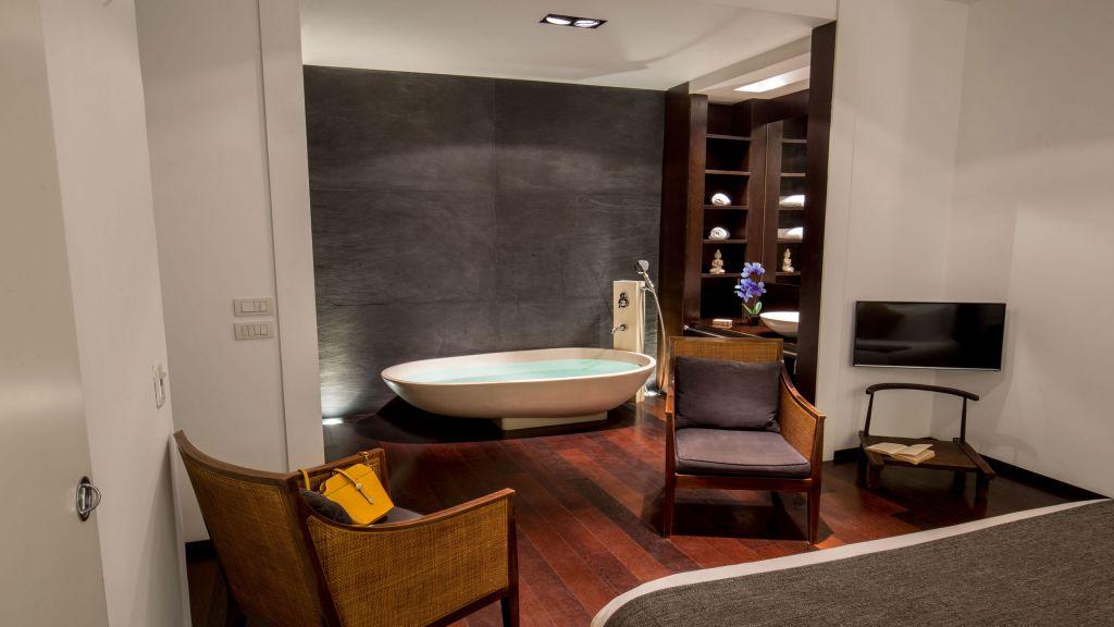 myapartsuite-rome-luxury-torre-argentina-apartment-room-3