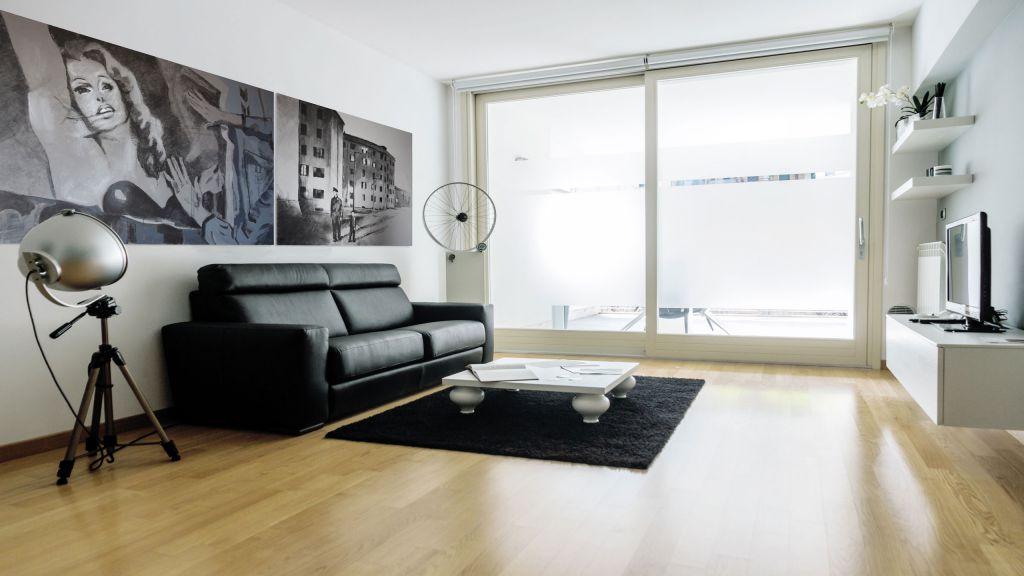 myapartsuite-rome-trastevere-black-white1-apartment-living-room