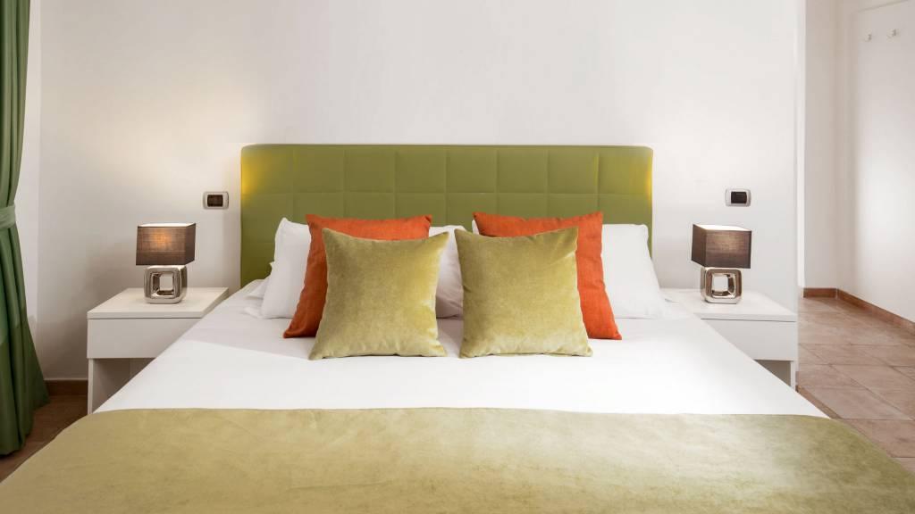 myapartsuite-rome-colosseum-ettore-apartment-room