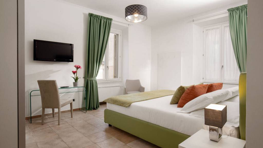 myapartsuite-rome-colosseum-ettore-apartment-room-4