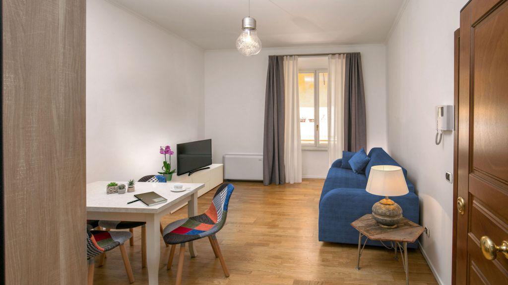 myapartsuite-rome-colosseum-alberto-apartment-living-room
