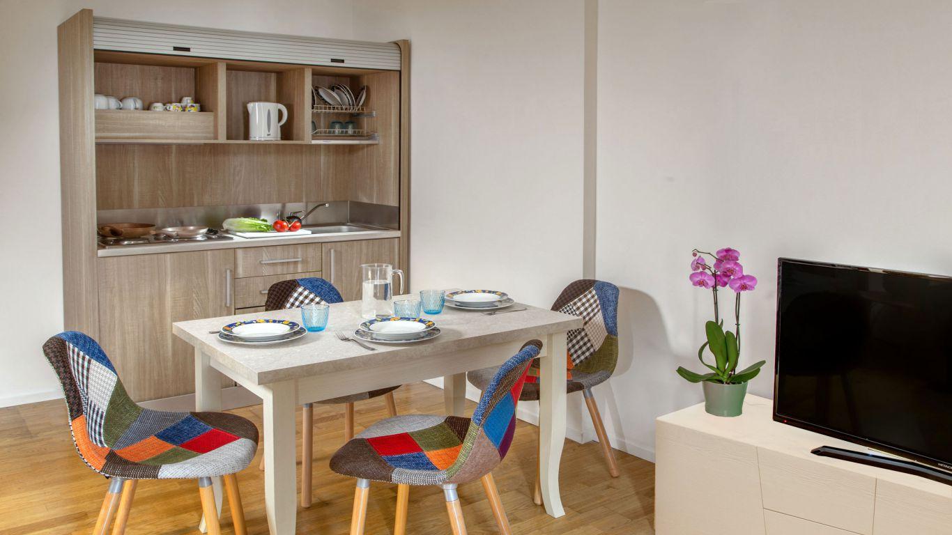 myapartsuite-rome-colosseum-alberto-apartment-kitchen