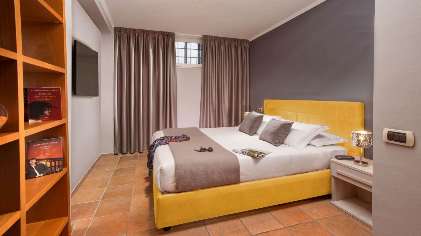 myapartsuite-rome-colosseum-virna-apartment-room