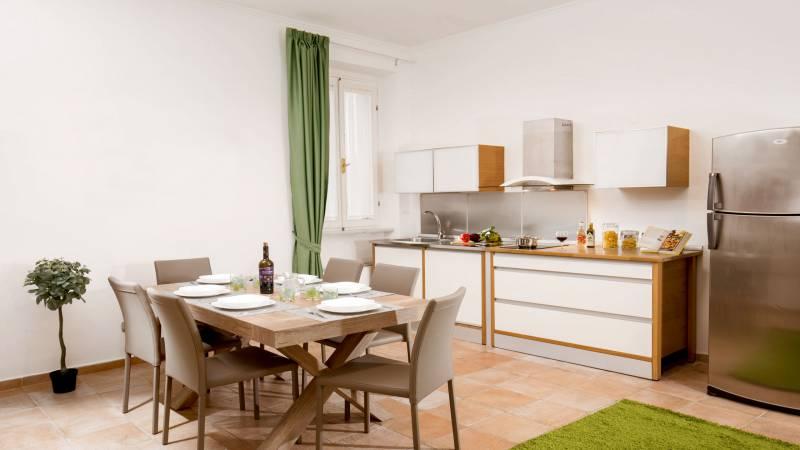 myapartsuite-rome-colosseum-ettore-apartment-living-room