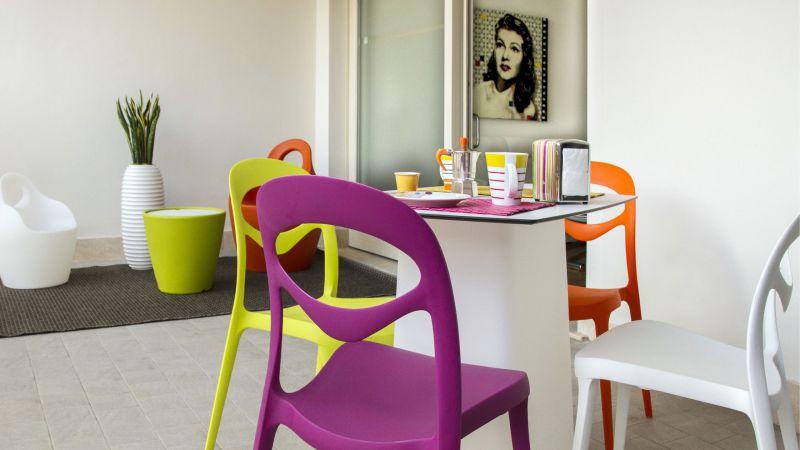myapartsuite-rome-trastevere-pop-colors-apartment-terrace